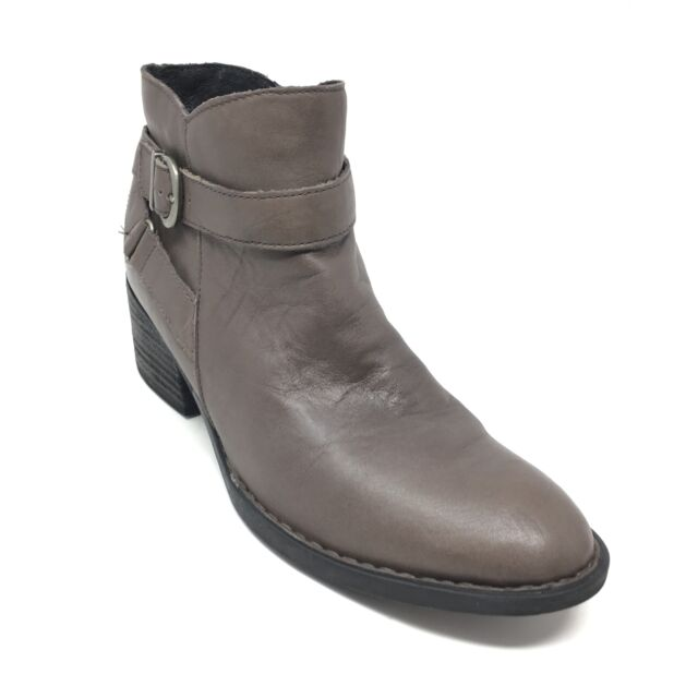 Ankle BOOTIES Size 9 Grey Leather