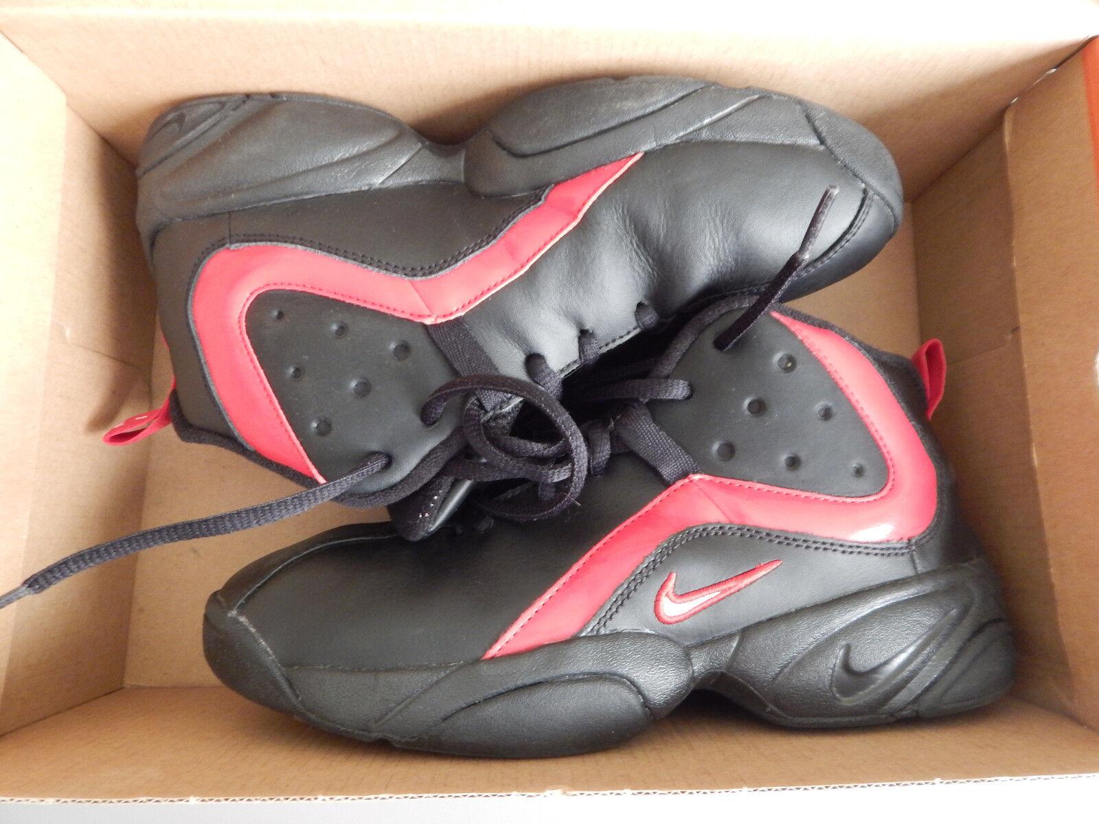Paire Pointure Montantes Et Noir Basket De Tbe Nike Rouge qqwBZRUr