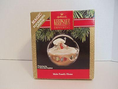 1991 Hallmark Keepsake Ornament Mole Family Home Magic Flickering Lights