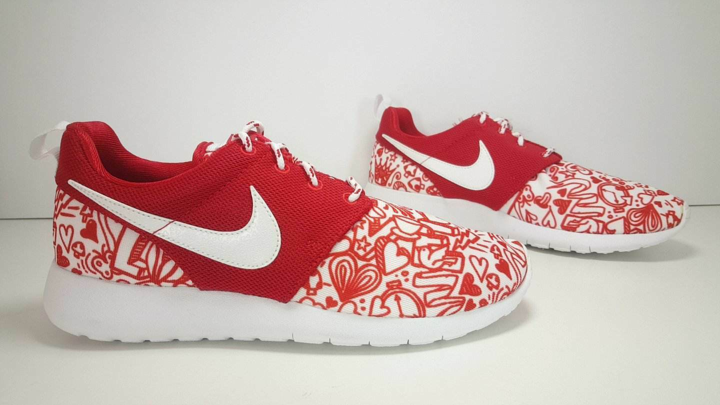 SCARPE N 38.5  NIKE ROSHE ONE PRINT Price reduction SNEAKERS BASSE ART 677784 605 The most popular shoes for men and women