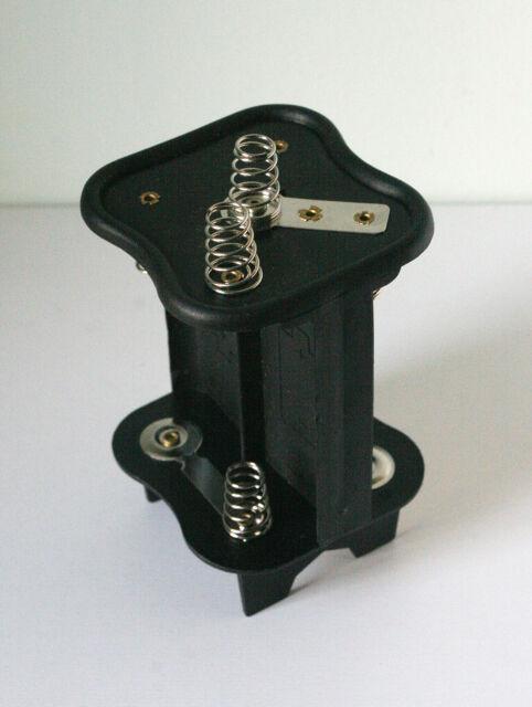 PJ996 battery adaptor converts to 4 D cell batteries  6 volt
