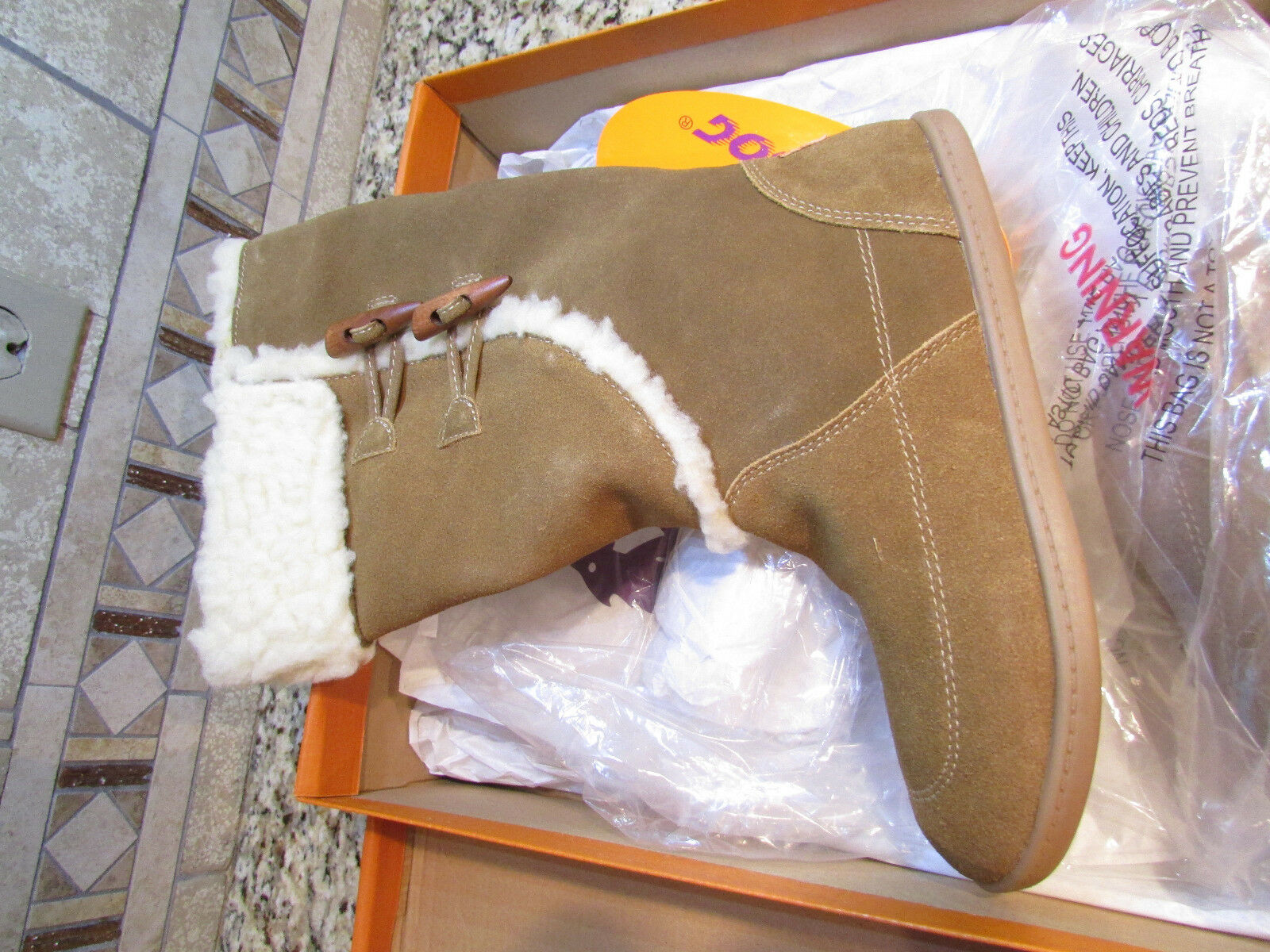 NEW ROCKET DOG LEGION SUEDE BOOTS Damenschuhe 8 BROWN LEATHER W/FUR