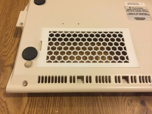 New Vented Amiga 1200 White Trapdoor Memory Bottom Cover Honeycomb HQ #681