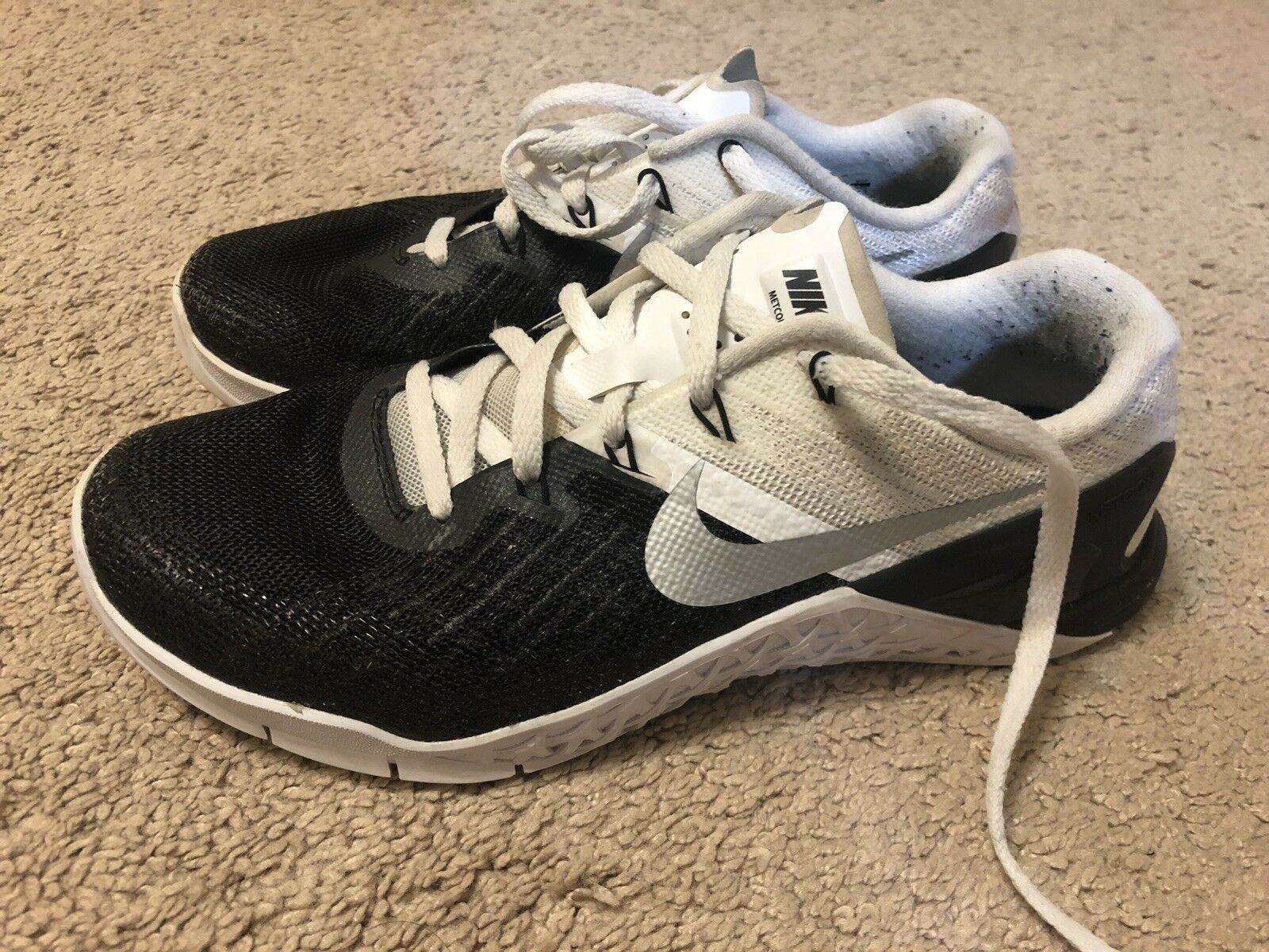 Nike Metcon 3 Men 6.5 Women 7.5 Black And White with box The latest discount shoes for men and women