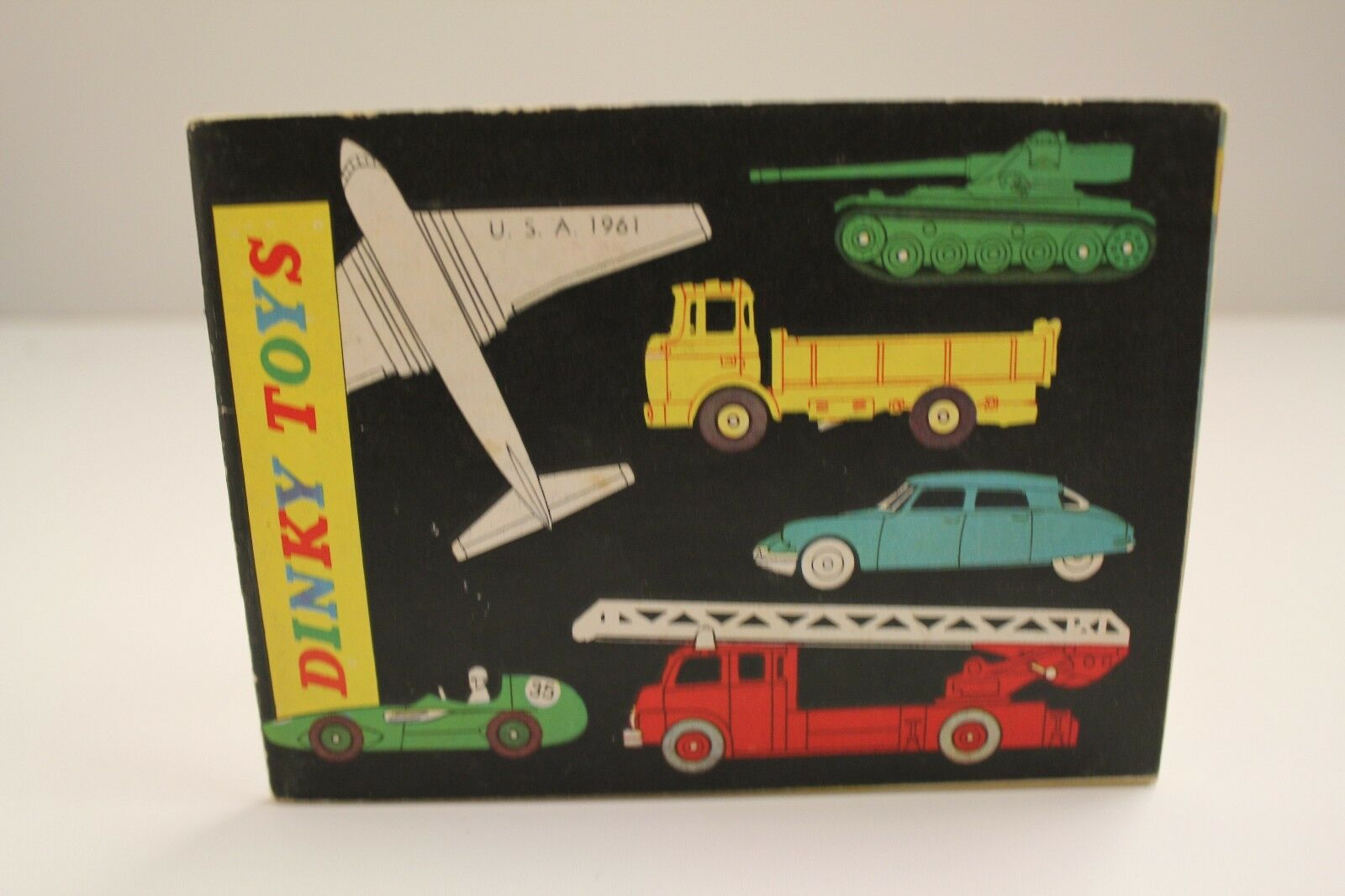 Dinky Catalogue   U.S.A. 1961  (48 Pages + Prices)