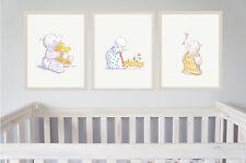Nursery Wall Art Humphreys Corner-Set di 3-BABY SHOWER o battesimo articolo da regalo