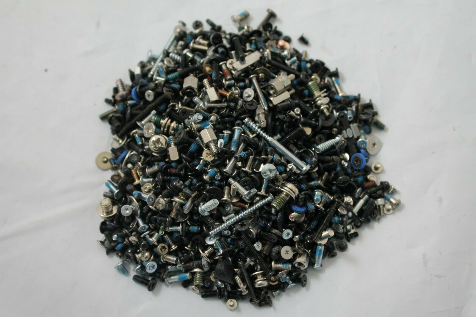 1 Pound / 1 LB Of Mixed Laptop Notebook Screws Set Assembly HP IBM Dell Toshiba
