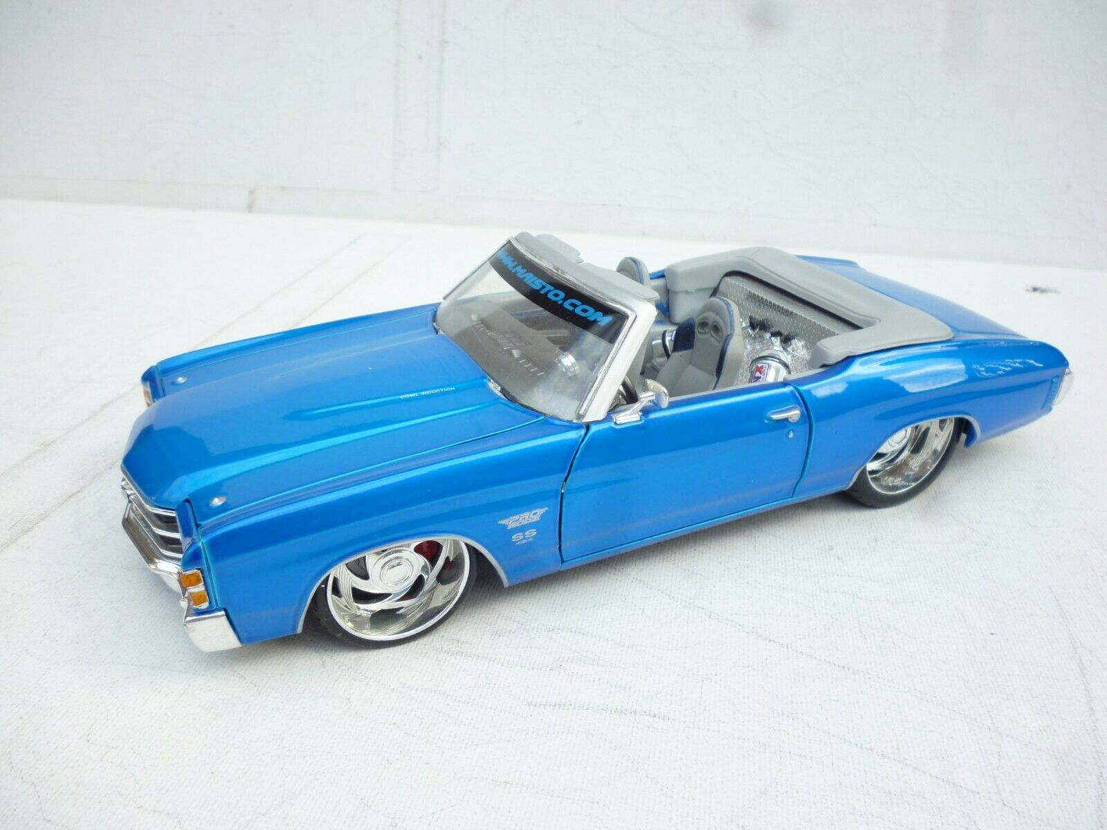 1 18 Maisto ProRodz 1971 Chevrolet Chevelle SS454 Congreenible bluee NO Box