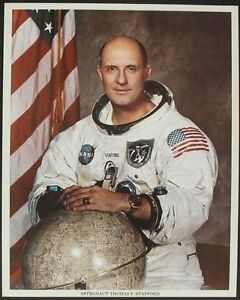 S955-thomas-p-Stafford-astronauta-Gemini-6-9-Apollo-10-ASTP-nasa-Photo