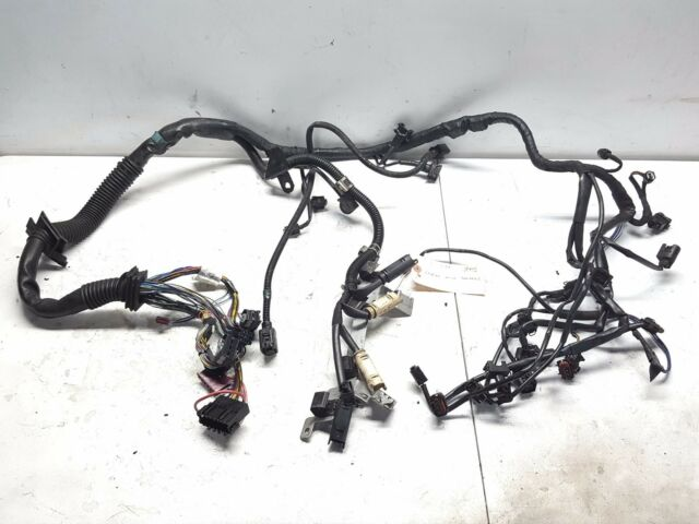 benz c32 engine wiring harness 02 05 w203 mercedes c32 amg engine wire wiring harness complete  02 05 w203 mercedes c32 amg engine wire