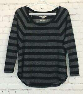 American-Eagle-Womens-Shirt-Size-Small-Black-Metalic-Striped-3-4-Batwing-Sleeve