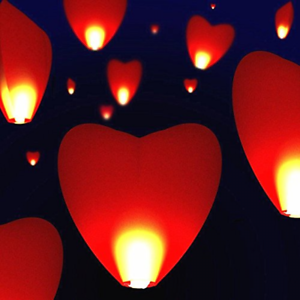 2PCS Mode Heart Party Wedding Candle Lamp Flying Chinese Sky Paper Lanterns