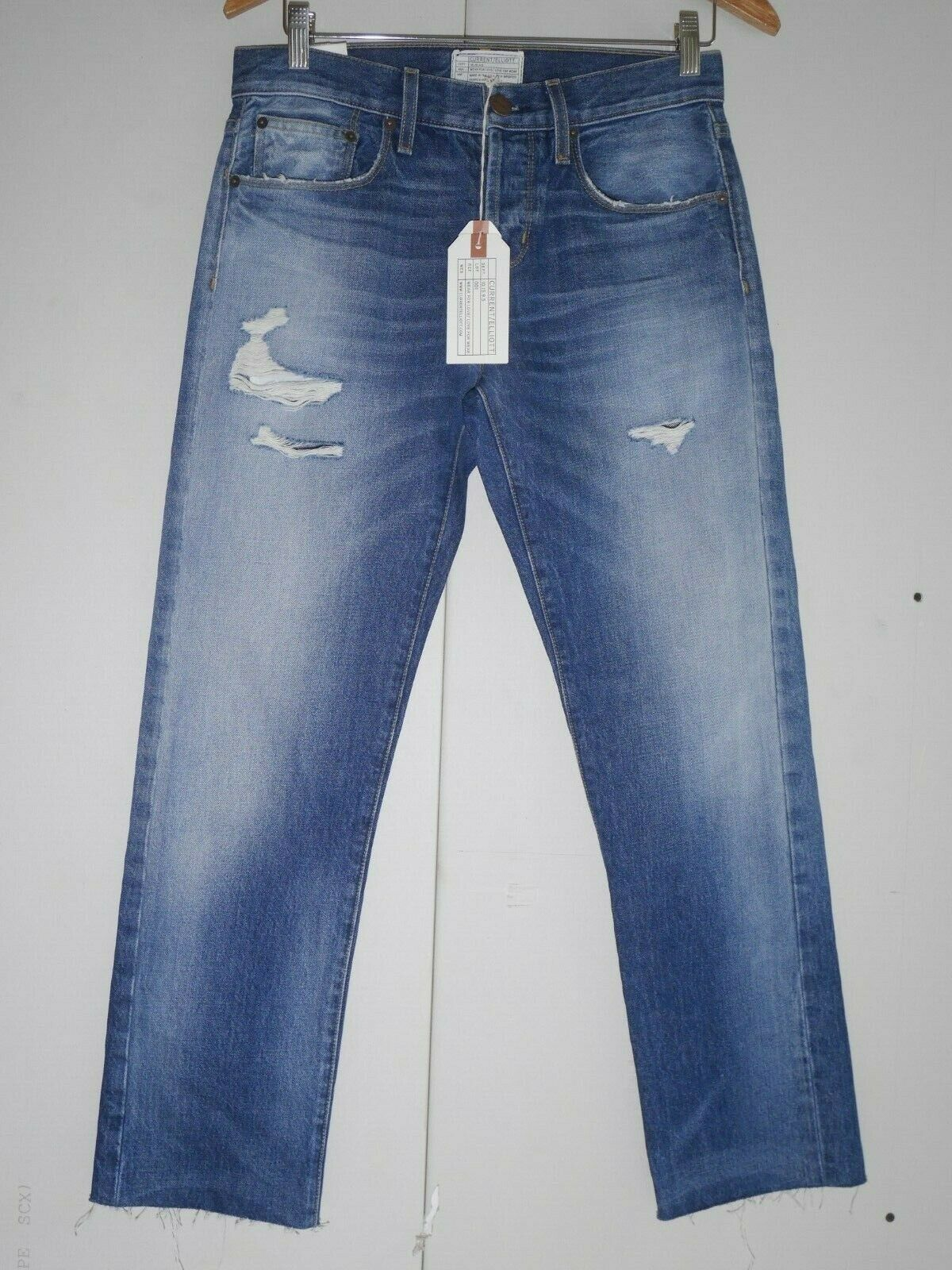 248 NEW The Credver Straight Leg Jeans in Zephyr Destroy W Cut Hem - Size 26