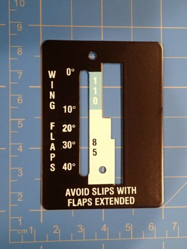 0560027-1   0560027-2 Flap Indicator Cover for the early 172N