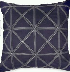 NEW-DKNY-Gridlock-Euro-Sham-Set-of-2-Navy-26in-x-26in-100-00