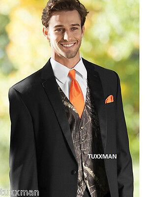 Mossy Oak Tuxedo Vest and Bow Tie