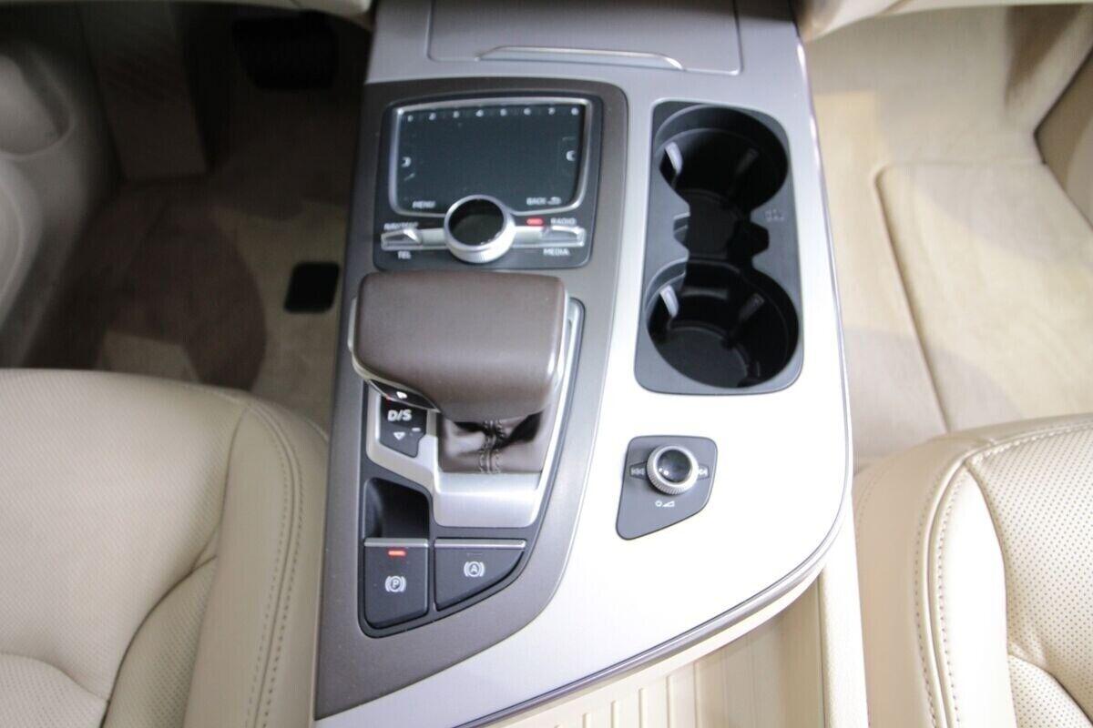 Audi Q7 3,0 TDi 272 quattro Tiptr. Van