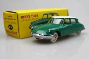 24C-Dinky-toys1-43-Citroen-DS19-Green-alliagemodeles-Classic-Vintage-Car-sedan