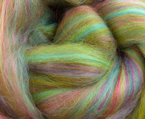wet//needle felting//spinning Merino and bamboo roving//tops