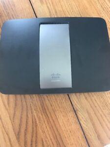 Cisco-Linksys-Smart-Wi-Fi-Dual-Band-Router-EA6500-AC1750-4-Ports-802-11a