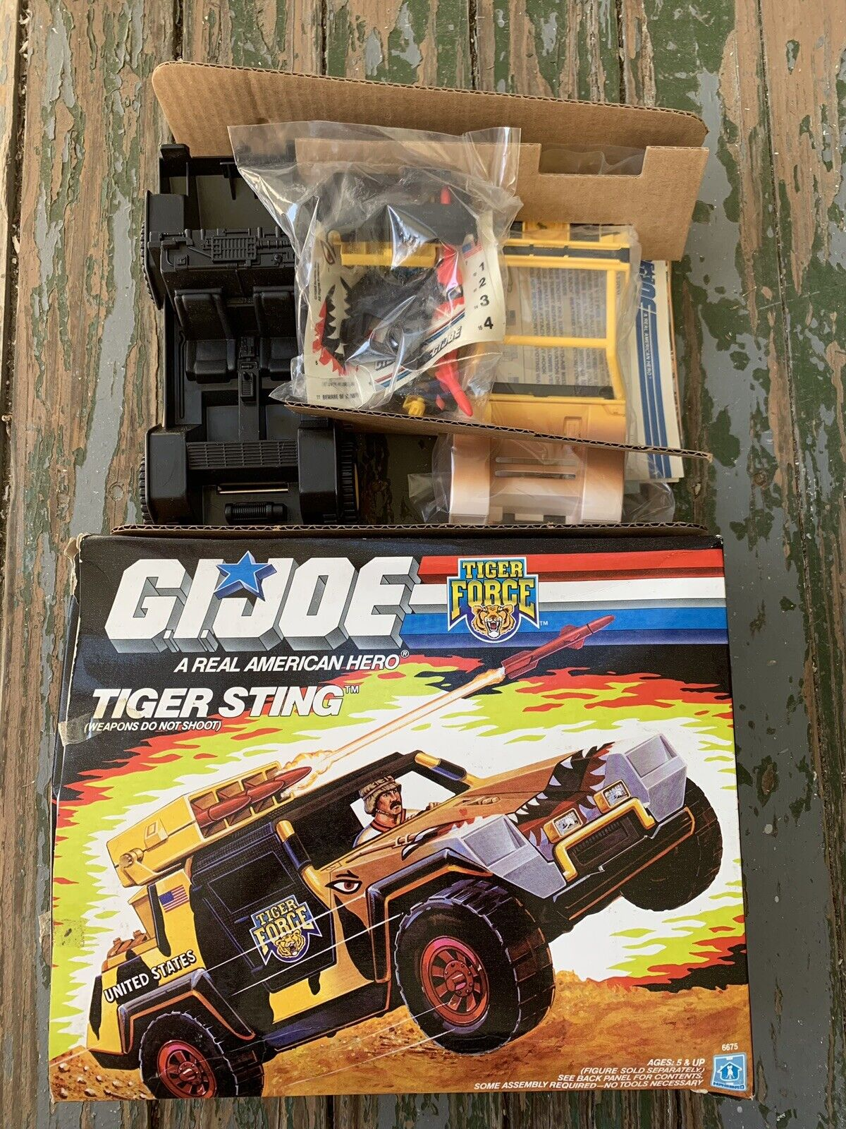 TIGER STING FORCE 1988 GI JOE VINTAGE ORIGINAL IN BOX NICE HASBRO