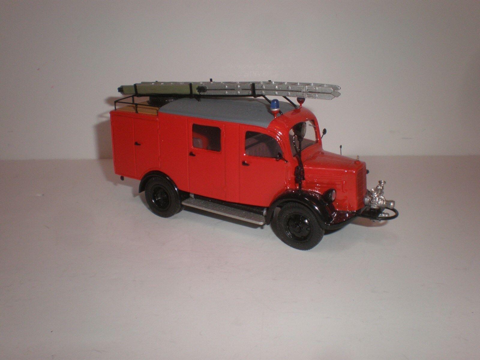 camión de bomberos 1941 Mercedes Benz L.0 Bomba de llg