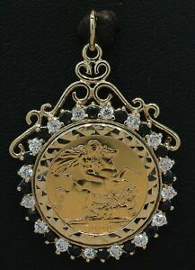 1-2-Sovereign-Coin-039-2000-039-in-a-9CT-Yellow-Gold-Sapphire-amp-CZ-Pendant-70-20-019