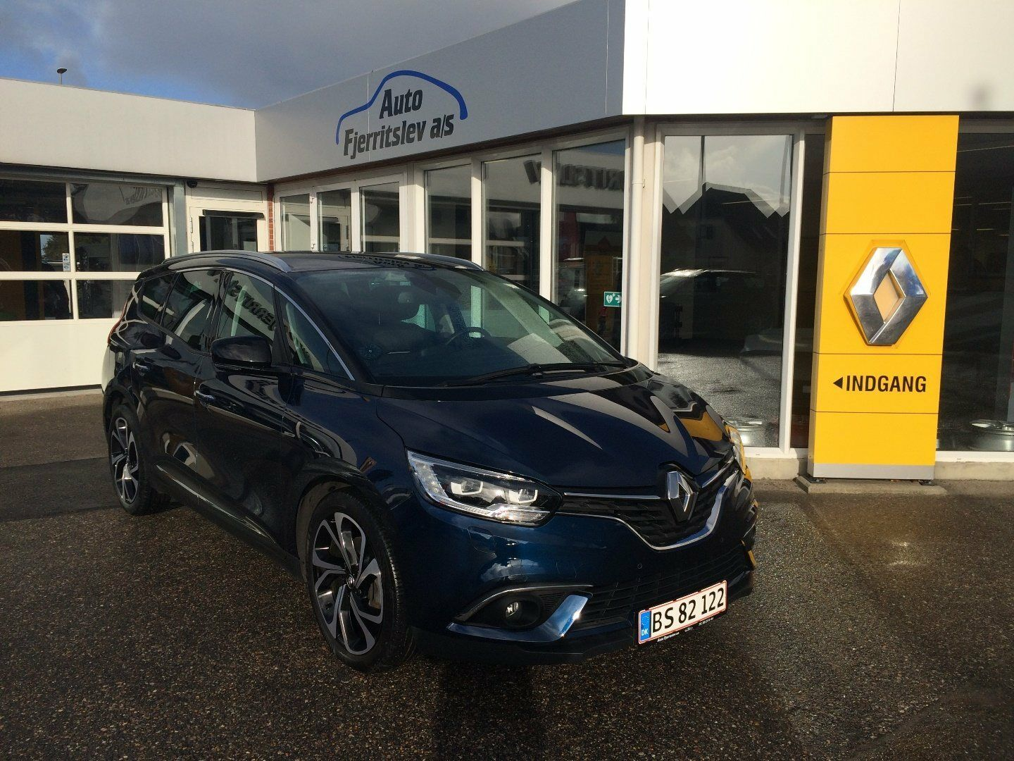 Renault Grand Scenic IV 1,6 dCi 160 Bose EDC 5d - 354.400 kr.
