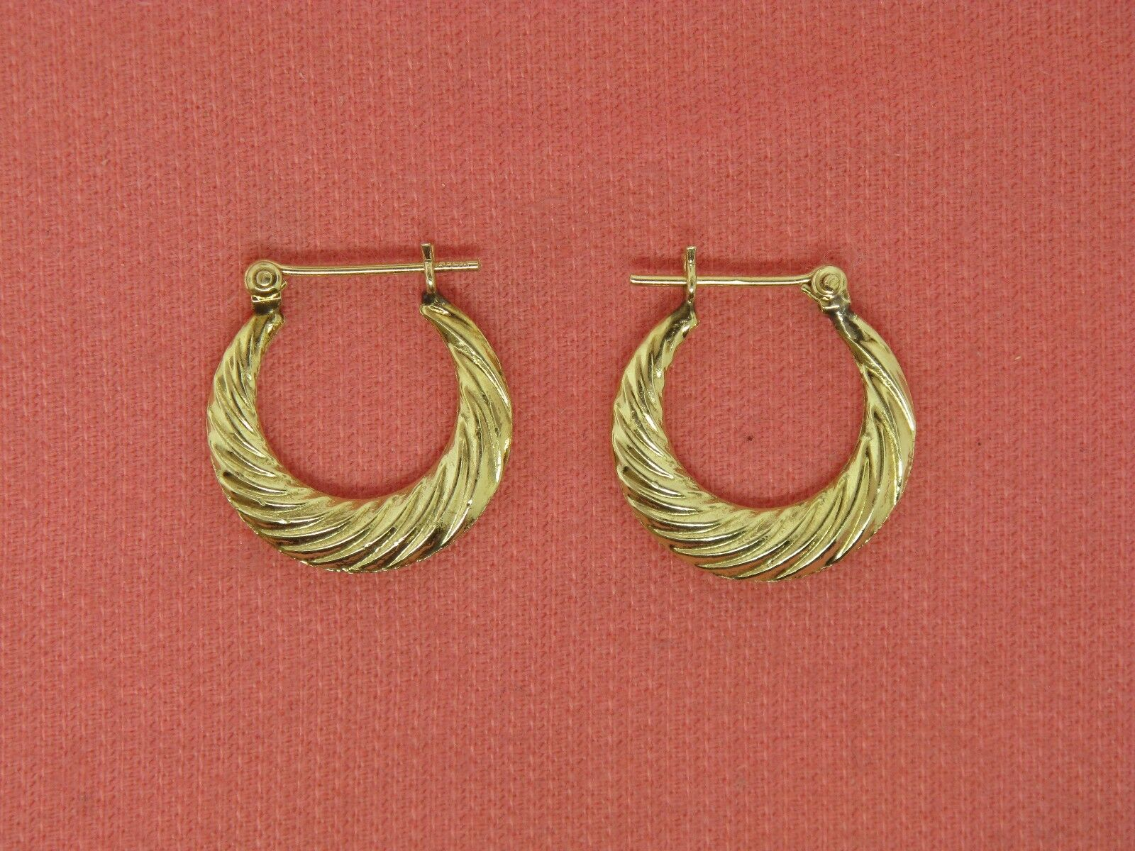 14K Yellow gold Fancy Hoop Earrings (Estate Jewelry)
