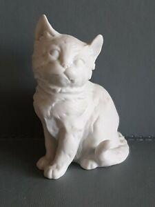Kaiser Bisque Porcelain~seated Kitten Figurine~ 9cm tall  x 6cm wide VGC