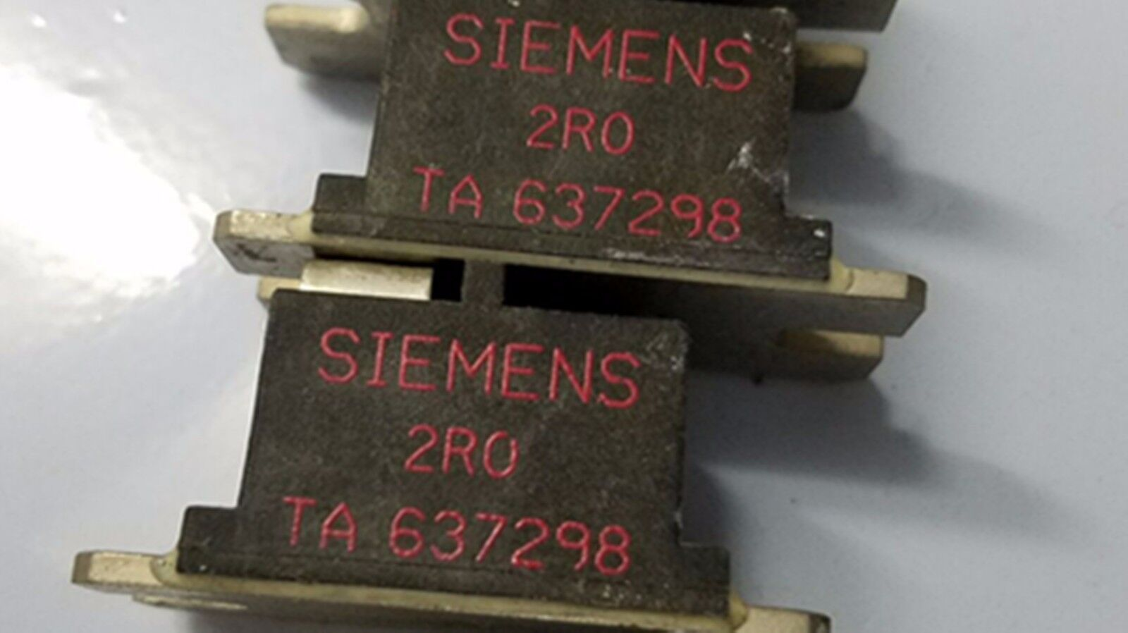 1PC Siemens congreener 6SE70 for resistance TA637298-2R0 2RO for industry use