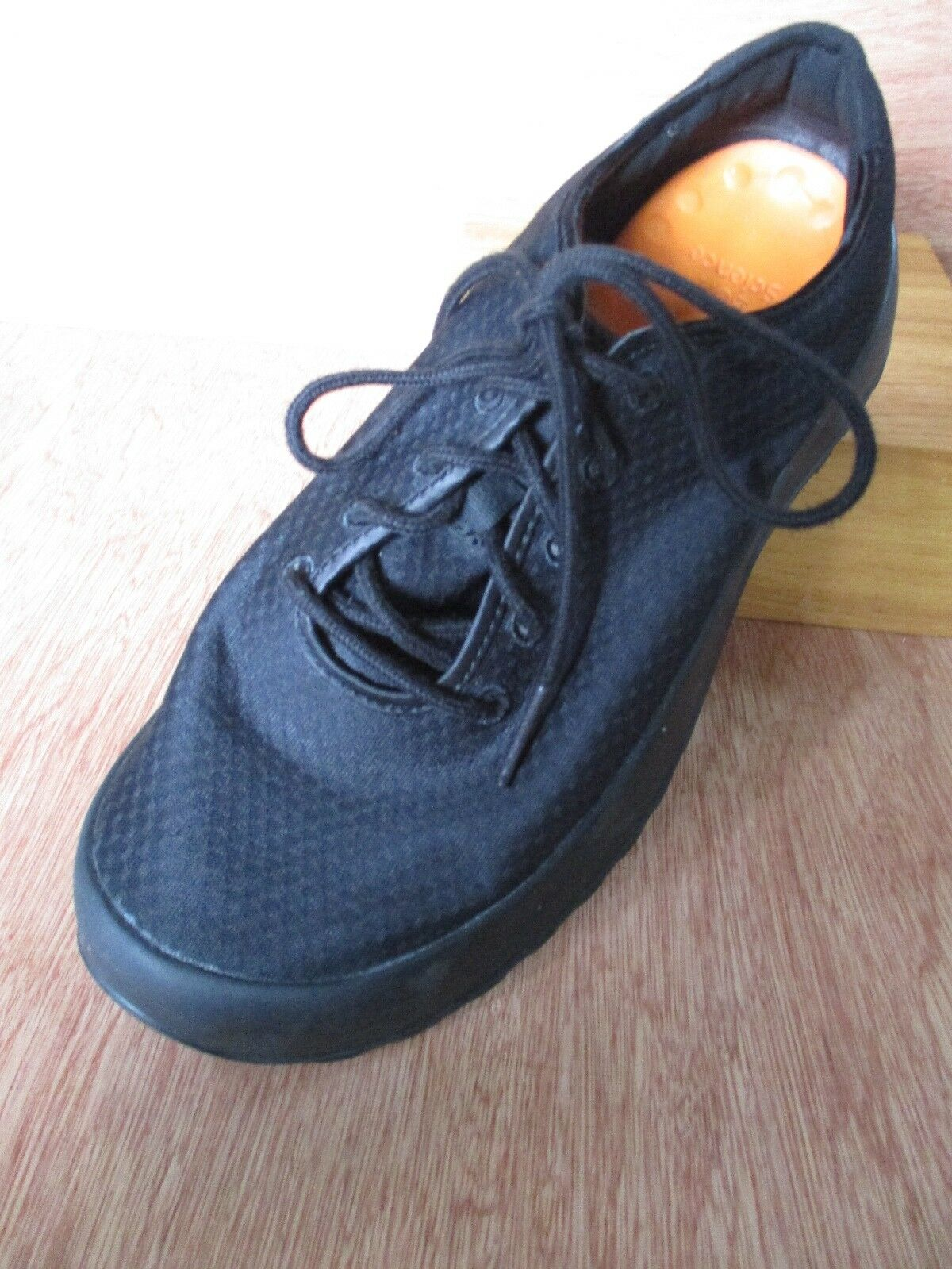 Soft Science worn once black nylon lace up comfort shoes 41 42 9