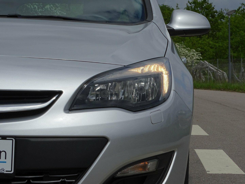 Opel Astra 1,4 100 Enjoy ST - billede 12