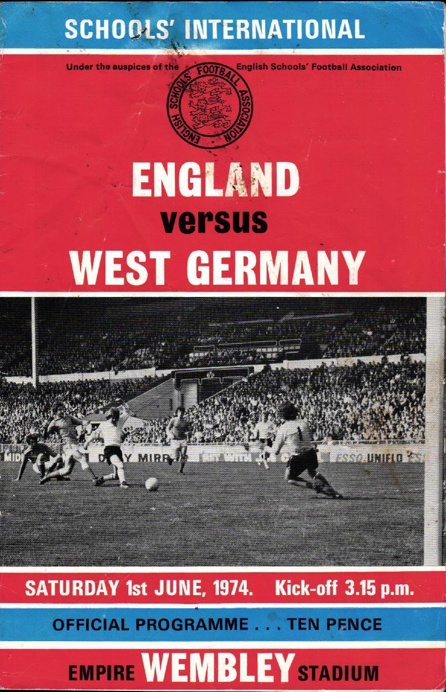 01.06.1974 England International - Germany / Allemagne, Écoles' International England Wembley 20aeb7
