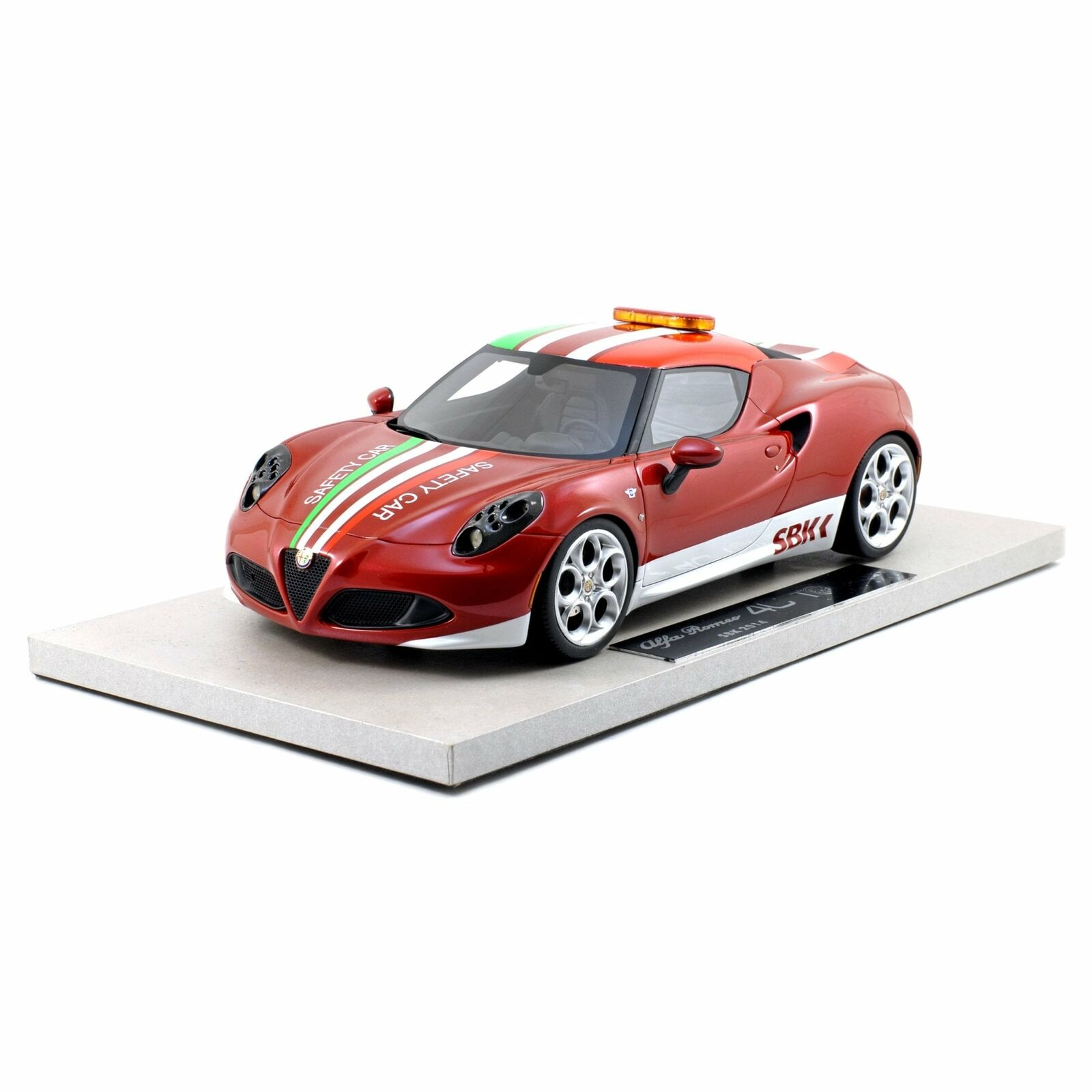 TOP MARQUES Collection 1 18 ALFA ROMEO 4 C World Super Bike Pace Voiture
