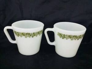 2 Corelle CRAZY DAISY Pyrex Coffee Mugs Retired Pattern Spring Blossom Green D