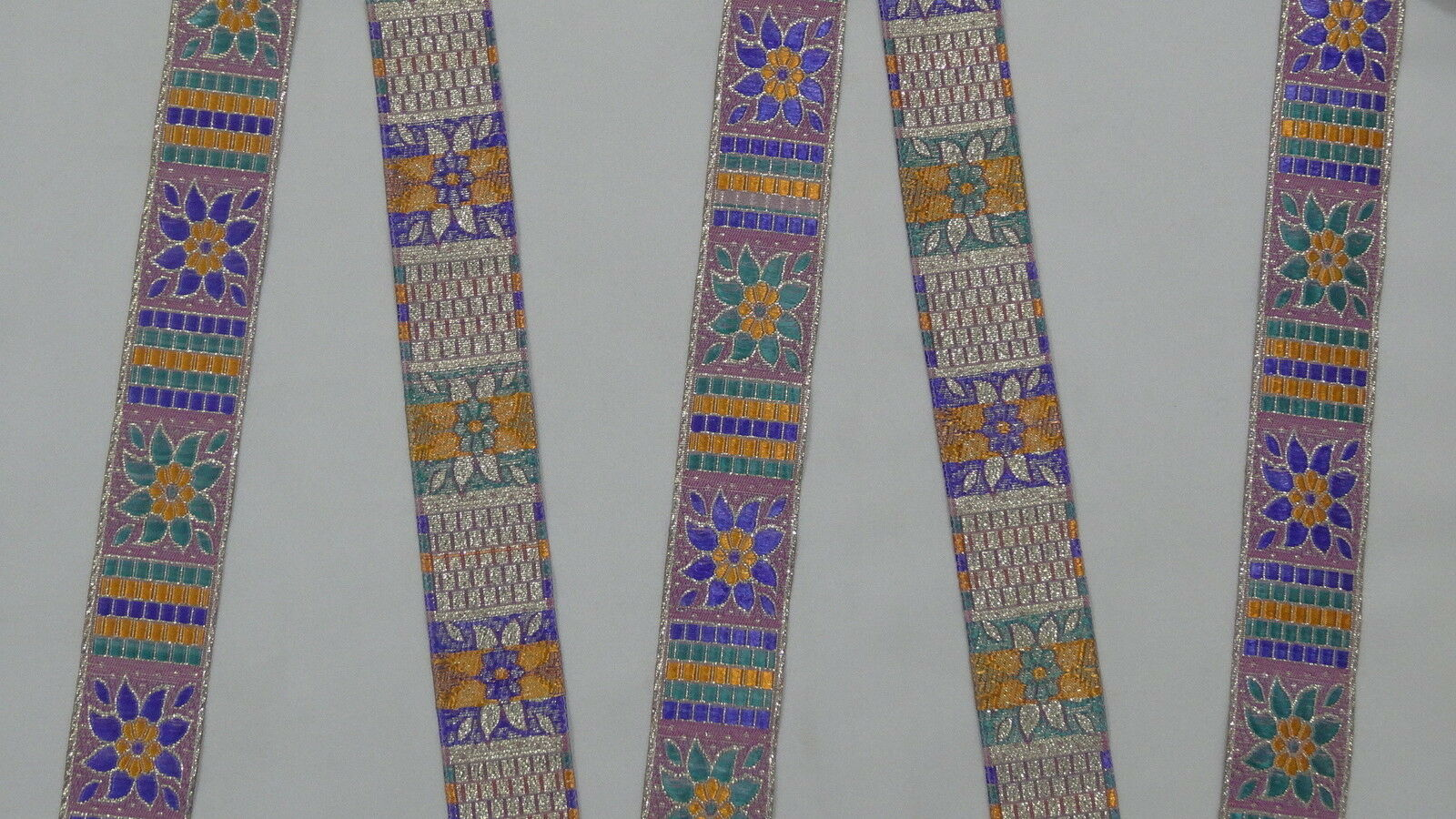 "1.20/"" 3.04 Cm wide By The Yard Jacquard Trim Woven Border Sew Ribbon T736"