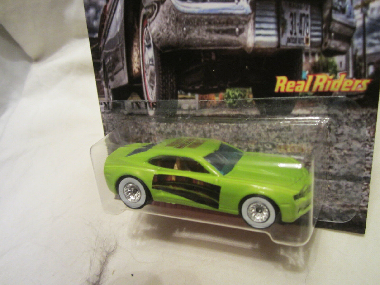 Hot Wheels Wheels Wheels a Medida Chevy Camaro  Hecho en USA  Real Riders Ltd 1 25 Made 16445c