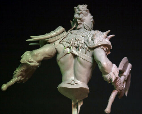 1//10 Resin Orc in Fight Figure Bust Unassembled Unpainted 3900