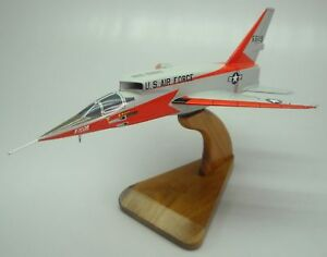 F-107-North-American-Ultra-Sabre-Airplane-Desk-Wood-Model-Small-New