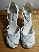 White sandals with wood effect heel, size 7