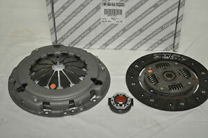 FIAT-500-PUNTO-1-4-16V-CLUTCH-KIT-GENUINE-71752579