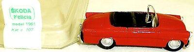 Skoda Felicia Convertible Red Model 1961 V&v Kat 107 H0 1:87 Original Packaging Cars