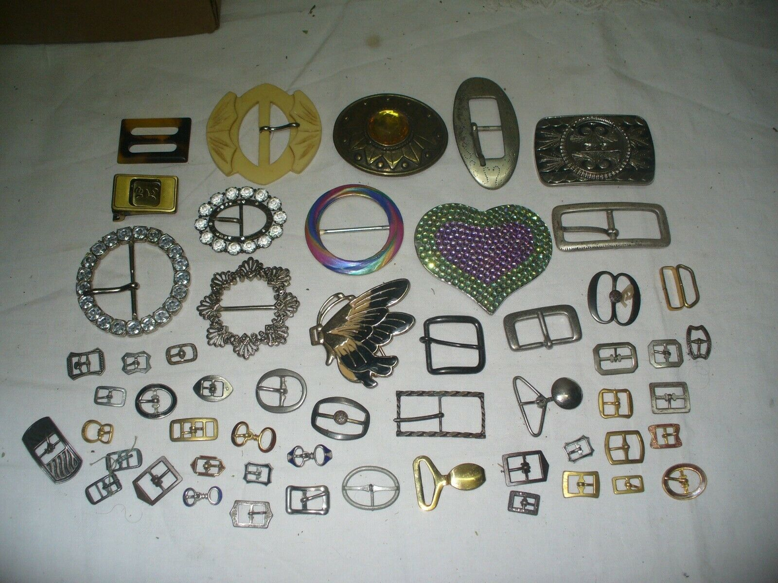 Vintage lot of womans belt buckles, all sizes, estate collected