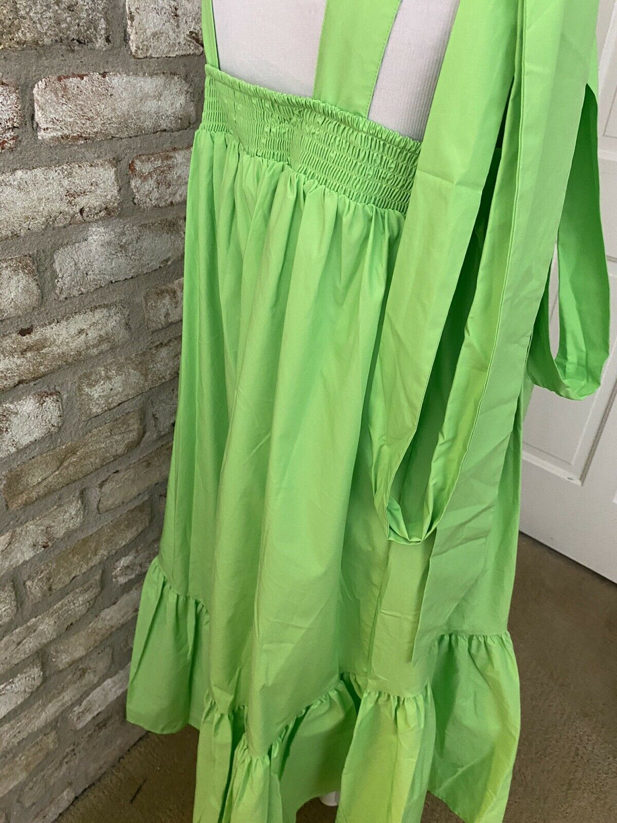 Gorgeous Green Christopher John Rogers Dress In A… - image 5