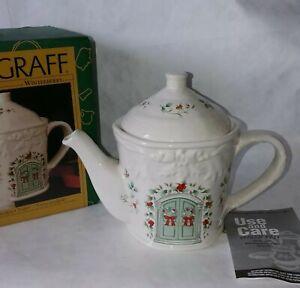"Pfaltzgraff ""WINTERBERRY"" Sculpted Teapot Tea Pot 4 Cup #109-813-00 NEW IN BOX"