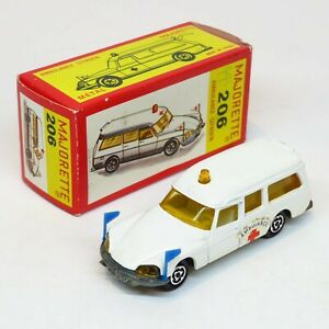 MAJORETTE-Francia-206-CITROEN-DS-21-ambulanze-Boxed-DIE-CAST-VINTAGE-RARE-ID