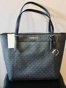 b83d73a493fa Michael Kors Ciara 35f8sc6t7b LG East West Top Zip PVC Tote Black ...
