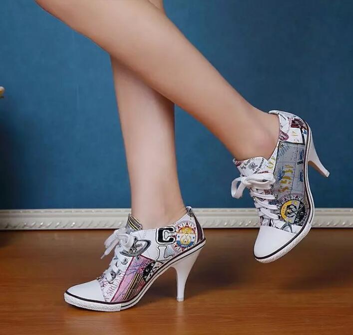 Sexy Para mujeres Puntera Puntera Puntera en Punta Zapatos de tacones altos con Encaje Tacones de aguja patrón Dama Casual  Mejor precio