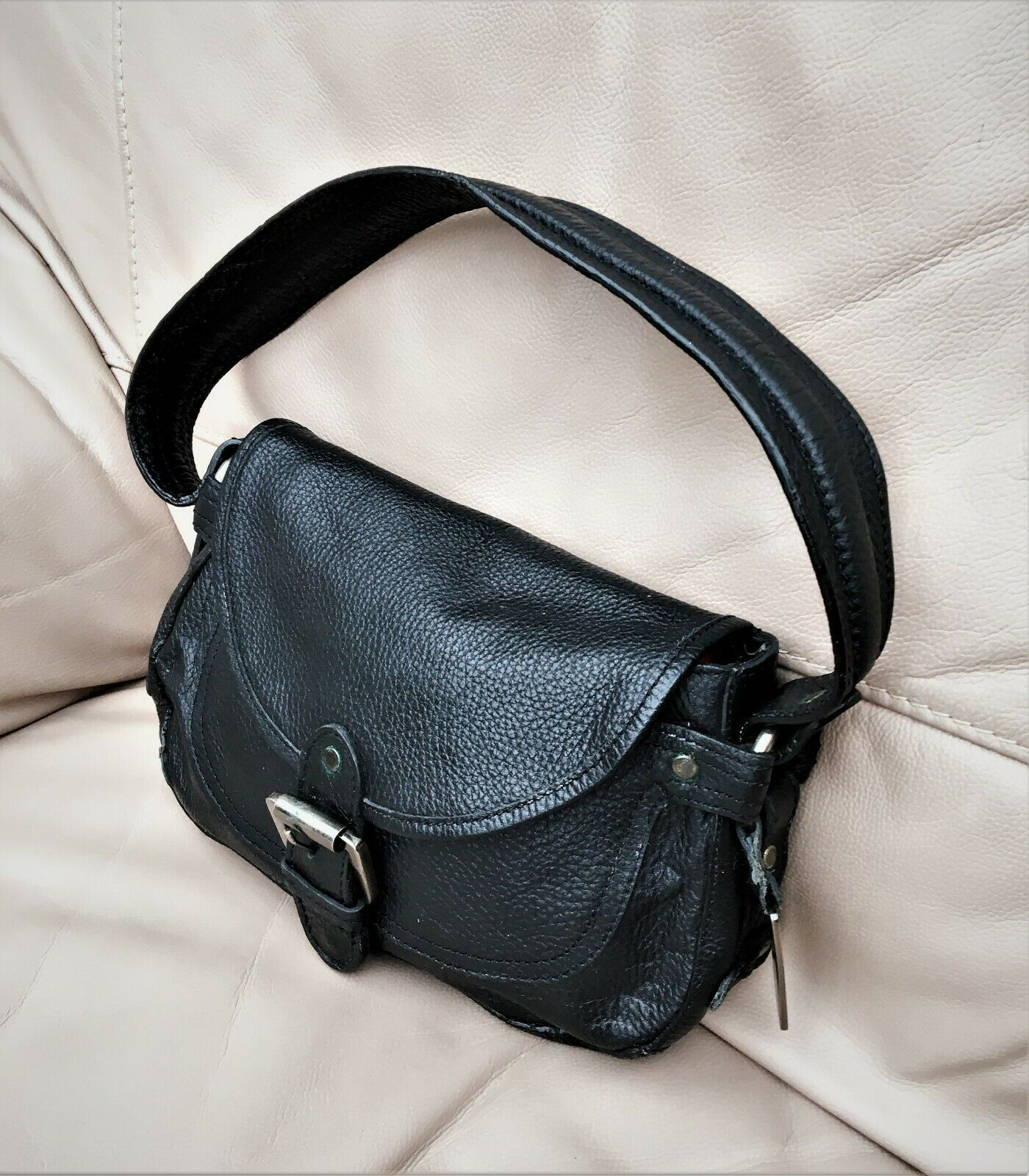 MNG Accessories Ladies Black Thick Leather Small Shoulder Bag-Wide Strap